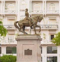Statue of General Tomas Herrer